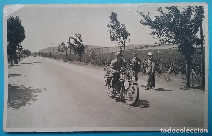 MOTOCICLETA CARRERA POSTAL FOTOGRÁFICA ESPAÑA SIN IDENTIFICAR AÑOS '30 (Postales - Postales Temáticas - Coches y Automóviles)