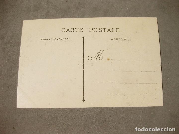 Postales: POSTAL DE LOS REYES DE ESPAÑA EN BURDEOS CON UN AUTOMOVIL RENAULT - Foto 2 - 166117058