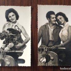 Postales: GRUPO DE 2 POSTAL. PAREJA Y JOVEN SOBRE MOTO LAMBRETTA.. Lote 181613701