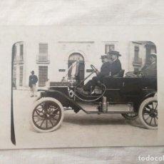 Postales: FOTO-POSTAL ANTIGUA ESPAÑOLA CON UN AUTOMÓVIL.. Lote 199485600