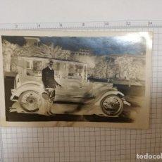Postales: FOTO POSTAL - ANTIGUO COCHE CHOFER AÑOS 20. Lote 207326667