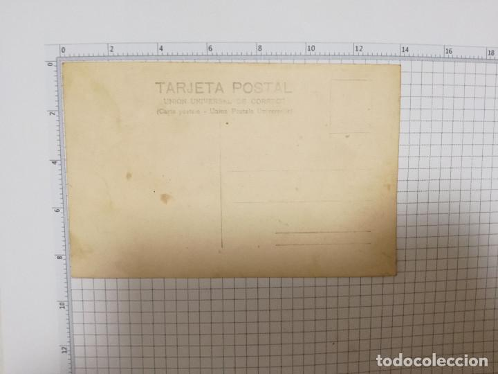 Postales: FOTO POSTAL - ANTIGUO COCHE CHOFER AÑOS 20 - Foto 2 - 207326667
