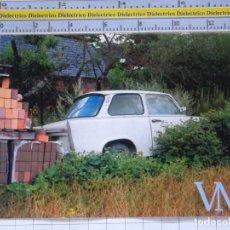 Postales: POSTAL DE COCHES MOTOS. COCHE SEMI ABANDONADO. PUBLICIDAD ASEGURADORA ALEMANIA. 991. Lote 210256280