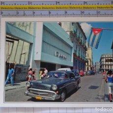 Postales: POSTAL DE COCHES MOTOS. CORREOS DE CUBA CALLE DE LA HABANA. COCHE BUICK . 0. Lote 210426412