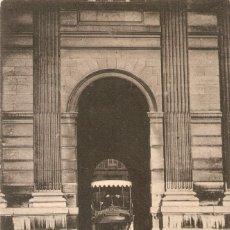 Postales: PARIS 1953 LE CARROUSEL, UN AUTOBUS CIR. EN 1909. Lote 218478261
