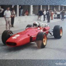 Postales: AUTOMOVIL CARRERAS FERRARI F. 1 POSTAL ANTIGUA. Lote 218498435