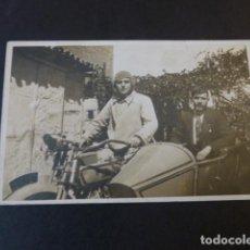 Postales: SIDECAR HAREY DAVIDSON CON MOTOCICLISTAS POSTAL FOTOGRAFICA AÑOS 20. Lote 224673045
