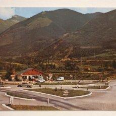 Cartoline: RENAULT 4 L - GASOLINERA - BIESCAS - P49626. Lote 253752495