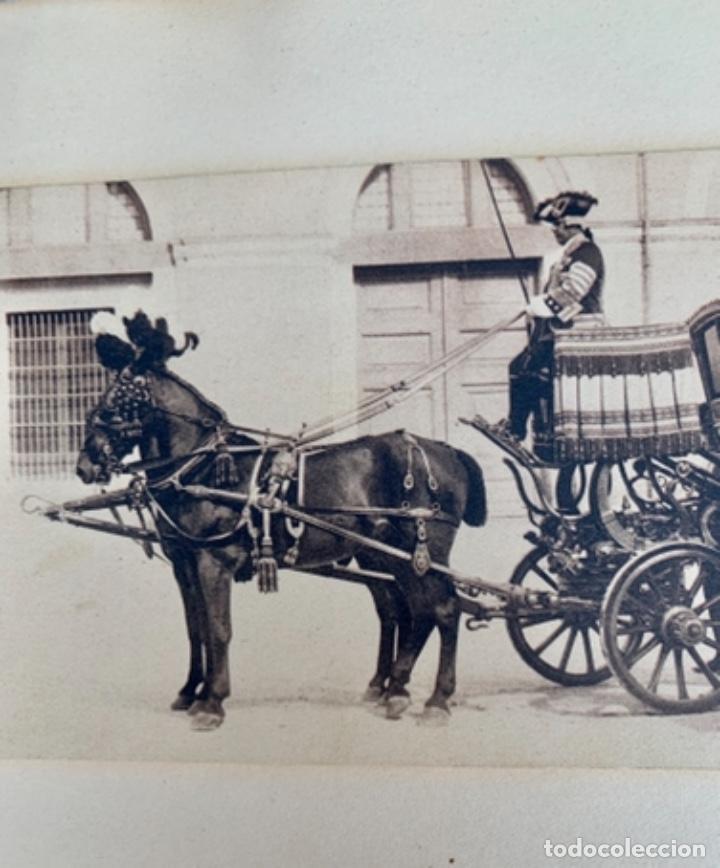 Postales: DOS POSTALES DOBLES - CABALLOS Y CARRUAJE REAL - EDICIÓN M. PALOMEQUE - Foto 4 - 261639735