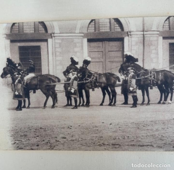 Postales: DOS POSTALES DOBLES - CABALLOS Y CARRUAJE REAL - EDICIÓN M. PALOMEQUE - Foto 6 - 261639735
