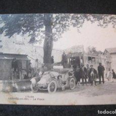 Postales: L'AUDE-SERVIES EN VAL-LA PLACE-COCHE & AUTOBUS-POSTAL ANTIGUA-(81.990). Lote 271412318