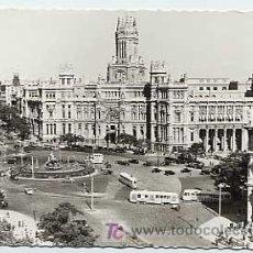 Postales - MADRID. PLAZA CIBELES Y PALACIO COMUNICACIONES. GARCIA GARRABELLA Nº 4. CIRCULADA EN 1955 - 3352768