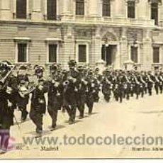 Postales: POSTAL DE MADRID, Nº1 GUARDIAS ALABARDEROS. Lote 5756066