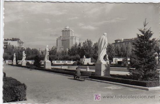 204 MADRID - JARDINES DE SABATINI (Postales - España - Madrid Moderna (desde 1940))