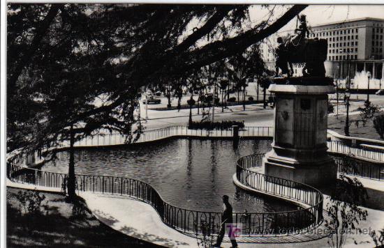 81 MADRID - MONUMENTO A ISABEL LA CATÓLICA (Postales - España - Madrid Moderna (desde 1940))