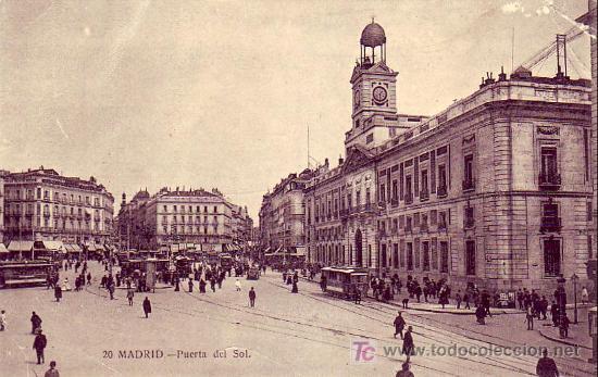 MADRID: PUERTA DEL SOL. FOT. LACOSTE. SIN CIRCULAR. TEMATICA: TRANVIAS (Postales - España - Comunidad de Madrid Antigua (hasta 1939))