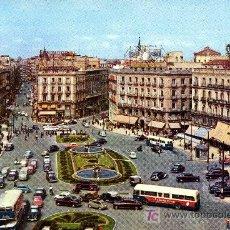 Postales: MADRID - PUERTA EL SOL- ANTIGUA - CIRCULADA 1961. Lote 26518432