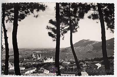 MADRID. EL ESCORIAL. MONASTERIO, VISTA GENERAL. DOROTEA BRAVO. FOTO G. GARRABELLA. CIRCULADA 1953 (Postales - España - Madrid Moderna (desde 1940))