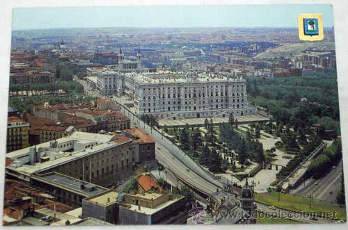 Postal madrid palacio real vista calle bail n y comprar for Jardines de sabatini conciertos 2017