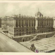 Postales: PS2086 MADRID 'PALACIO REAL'. HELIOTIPIA ARTÍSTICA. CIRCULADA EN 1955. Lote 13658050