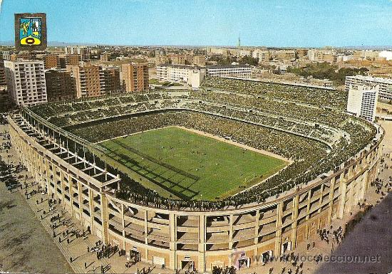 POSTAL DEL ESTADIO SANTIAGO BERNABEU Nº 70 (MADRID) EDITADA EN 1962 EN EXCELENTE CONSERVACION (Postales - España - Madrid Moderna (desde 1940))