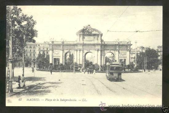 TARJETA POSTAL DE MADRID - PLAZA DE LA INDEPENDENCIA , PUERTA DE ALCALA- SIN CIRCULAR (Postales - España - Comunidad de Madrid Antigua (hasta 1939))