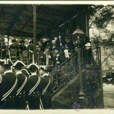 Postales: POSTAL FOTOGRAFICA EPOCA ALFONSO XIII REINA EN UNA CALEBRACION. Lote 16325403