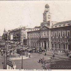 Postales: PUERTA DEL SOL 1942: TARJETA POSTAL CIRCULADA A BUENOS AIRES, CON CENSURA. MATASELLOS CIFRA. RARA.. Lote 26622220