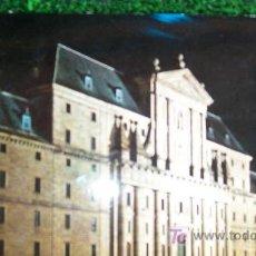 Postales: MADRID-EL ESCORIAL-ESCRITA,SELLADA Y CIRCULADA-AÑO 1965-. Lote 20600643