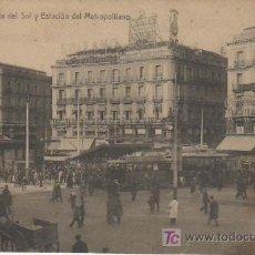 Postales: MADRID.PUERTA DEL SOL Y ESTACION DEL METROPOLITANO.Nº1.TRANVIA, CARROS . Lote 22040375
