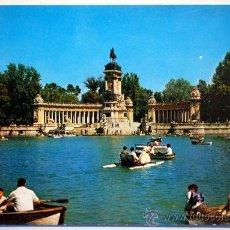 Postales: MADRID. ESTANQUE DEL RETIRO Y MONUMENTO A ALFONSO XII.. Lote 25493431