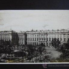 """Postales: """"MADRID. PALACIO NACIONAL"""". CIRCULADA, ESCRITA Y SELLO 15 DE LA II REPÚBLICA (20-II-35). Lote 27240378"""