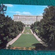 Postales: MADRID-E17-NO ESCRITA-PALACIO REAL-CAMPO DEL MORO. Lote 30949156