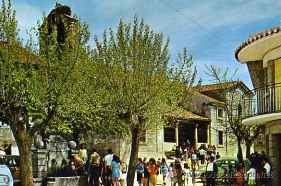 LOS MOLINOS Nº 2 FUENTE DEL LEÓN E IGLESIA PARROQUIAL ED. VISTABELLA AÑO 1969 SIN CIRCULAR (Postales - España - Madrid Moderna (desde 1940))