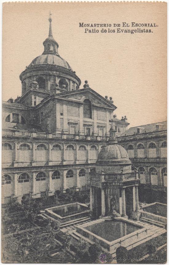 MONASTERIO DE EL ESCORIAL.- PATIO DE LOS EVANGELISTAS. (Postales - España - Comunidad de Madrid Antigua (hasta 1939))