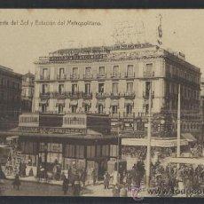 Postales: MADRID - PUERTA DEL SOL Y ESTACION DEL METROPOLITANO - R CIA.- (13.305). Lote 35881775