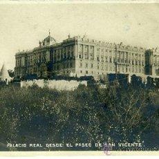 Postales: MADRID. PALACIO REAL DESDE EL PASEO DE SAN VICENTE. . Lote 36809890