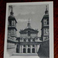 Postales: ANTIGUA POSTAL - MADRID - SAN LORENZO DEL ESCORIAL - MONASTERIO DEL ESCORIAL - PATIO DE LOS REYES - . Lote 39605404