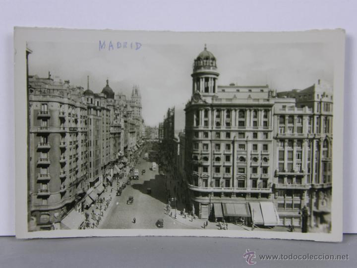 POSTAL CIRCULADA MADRID AVENIDA DE JOSÉ ANTONIO 14, 5 X 9, 5 CM (Postales - España - Comunidad de Madrid Antigua (hasta 1939))