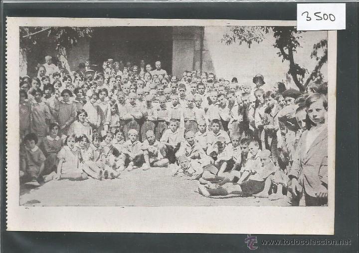 VALDEMORILLO - LAS AUTORIDADES CON LOS COLONOS - COLONIAS ESCOLARES - (3500) (Postales - España - Comunidad de Madrid Antigua (hasta 1939))