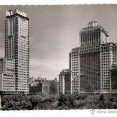 Postales: MADRID. EDIFICIOS ESPAÑA Y TORRE DE MADRID. AÑOS 60.. Lote 44003873