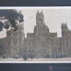 Postales: POSTAL FOTOGRÁFICA MADRID. EDIFICIO DE CORREOS. PLAZA DE CIBELES. . Lote 44301583