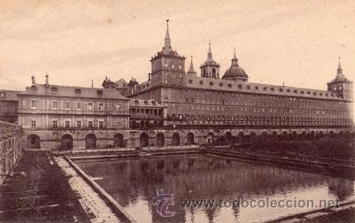 ANTIGUA POSTAL - EL ESCORIAL MONASTERIO - FACHADA LATERAL - ED. NICOLAS SERRANO - NUEVA (Postales - España - Madrid Moderna (desde 1940))