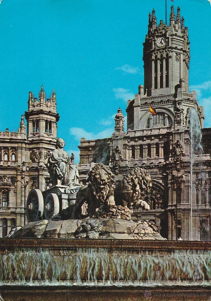 Nº 13988 POSTAL LA CIBELES Y PALACIO DE COMUNICACIONES (Postales - España - Madrid Moderna (desde 1940))