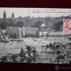 Postales: ANTIGUA POSTAL DE MADRID. UN LAVADERO EN EL PUENTE DE TOLEDO. FOTPIA. HAUSER Y MENET. CIRCULADA. Lote 48379397