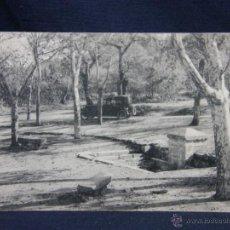 Postales: POSTAL SAN LORENZO DEL ESCORIAL FOTOTIPIA THOMAS ALREDEDORES FUENTE DE LAS ARENITAS NO CIRCULADA. Lote 49127202