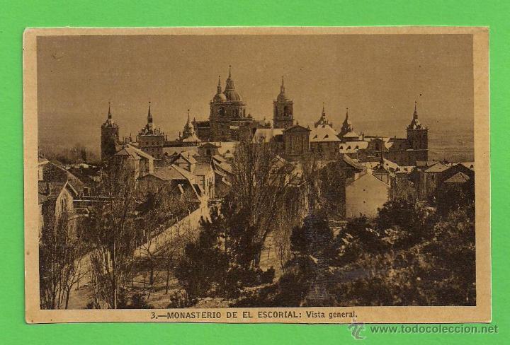 TARJETA POSTAL - MONASTERIO DEL ESCORIAL: VISTA GENERAL - SIN CIRCULAR. (Postales - España - Comunidad de Madrid Antigua (hasta 1939))
