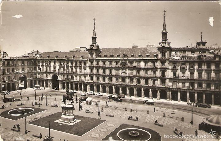 POSTAL 48 MADRID PLAZA MAYOR DOMINGUEZ FOTO CABALLERO ESPAÑA ESPAGNE SPAIN SPANIEN (Postales - España - Madrid Moderna (desde 1940))