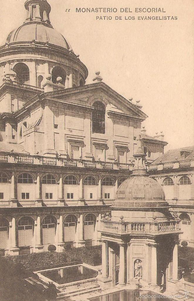 MONASTERIO DEL ESCORIAL PATIO DE LOS EVANGELISTAS 29/088 (Postales - España - Comunidad de Madrid Antigua (hasta 1939))