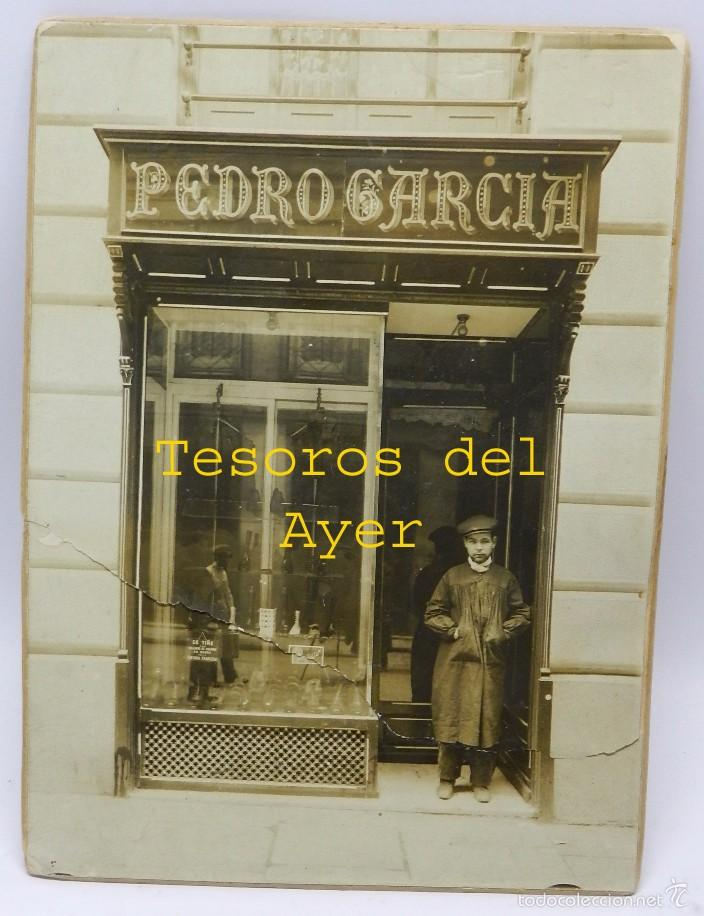 FOTOGRAFIA ALBUMINA DE LA CONOCIDA ZAPATERIA PEDRO GARCIA, CALLE JORGE JUAN, MADRID, VISTA DEL ESCAP (Postales - España - Comunidad de Madrid Antigua (hasta 1939))